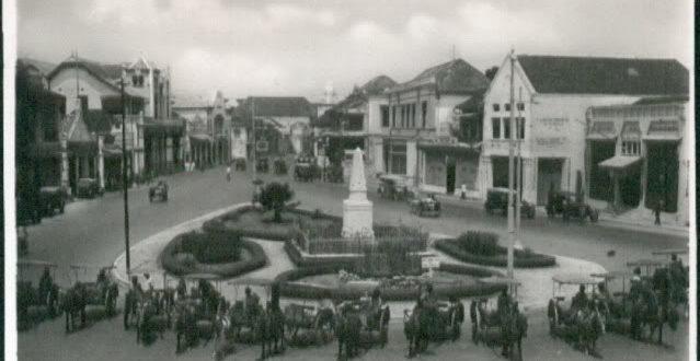 Alun-alun Contong Surabaya