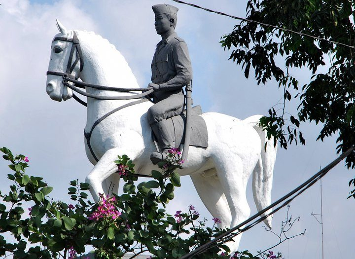 Patung Mayangkara
